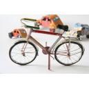 Bicicleta lata reciclada